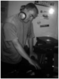 Decaying DJ