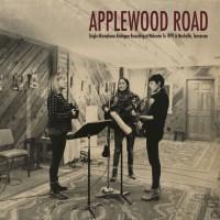 Applewood Road