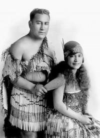 Ana Hato & Deane Waretini