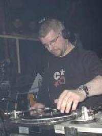 DJ LB